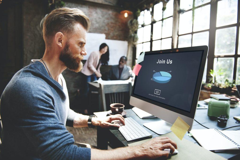 Online job aplication